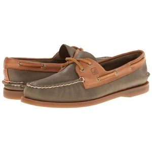 Sperry Leather Loafers / Boat Shoes